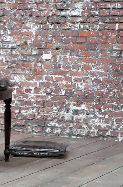 stoelen met glazen kussens IV.jpg