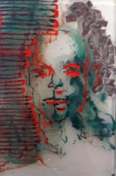 geschilderd portret met koperlint in glas.jpg